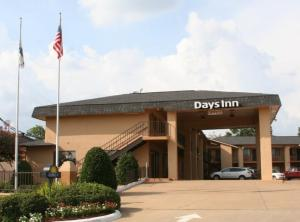 Days Inn Image1