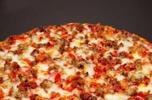 Johnny's Pizza House - Cooktown Image1