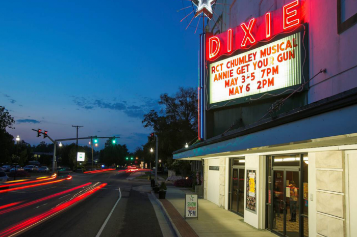 Movie Night at the Dixie: Mossville