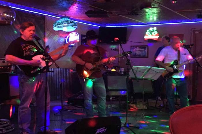 Jimmy Lewis and the 8 Second Ride Live at Ponchatoulas
